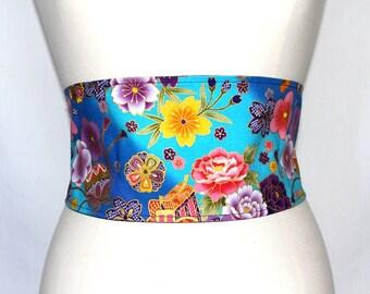 Ceinture en tissu japonais bleu turquoise à fleurs roses, jaunes et violettes