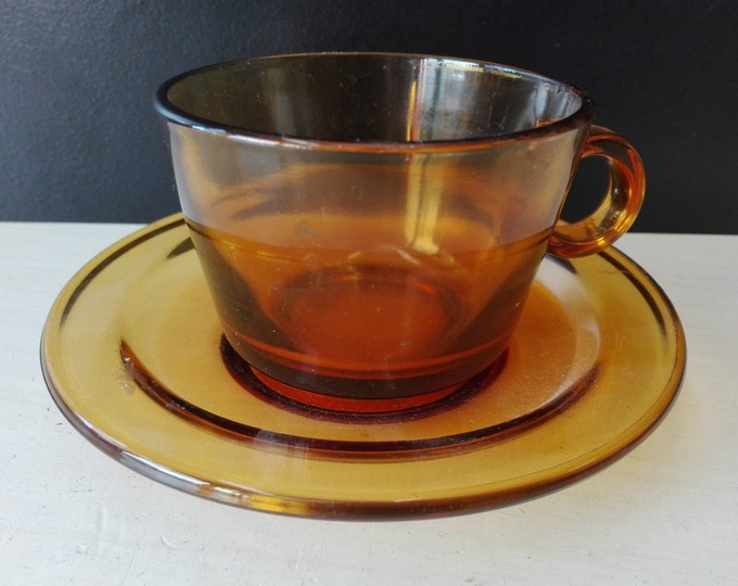 Vereco France Cup and saucers, Brown glas