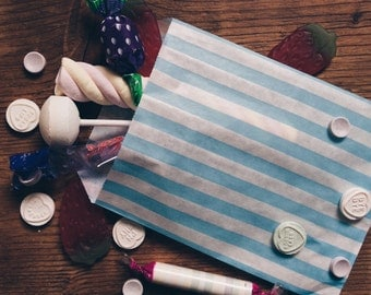 Stripe Paper bags | kids Party bags | stripe sweet bags | wedding favours | party favour bags | Candy bags | Light blue | 10 bags