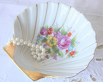 Lovely Vintage Oftriart Porcelain Shell Shaped Soap Dish/ Candy Dish, Flower Decor