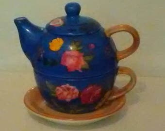 Vintage Hand Painted Ceramic Teapot
