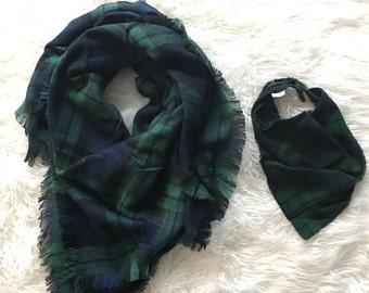 Mommy Daughter Blanket Scarfs • Navy and Green scarfs