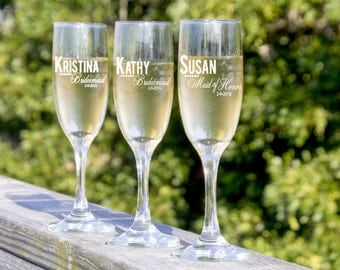 Custom Champagne Flutes, Bridesmaid Gift, Maid of Honor Gift, Bridal Party Gifts, Wedding Champagne Glasses,4 Champagne Flutes, Bridal Toast