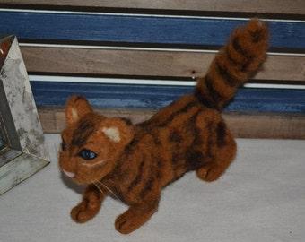 Needle felted cat  :o)