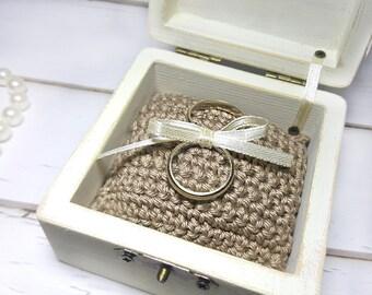 Vintage Wedding Ring Holder - Vintage Wedding Ring Bearer Box - Vintage Wedding Ring Box - Vintage Engagement Ring Bearer Box - Ring Holder