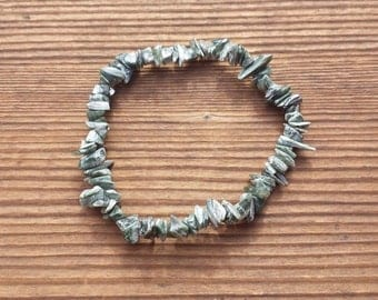 Natural SERAPHINITE Stone Gemstone Stretchy Chip Bracelet