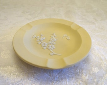 Wedgwood Cream on Primrose Yellow Jasperware Cherry Blossom Ashtray - England