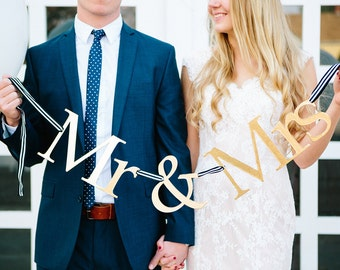 Mr and Mrs Sign, Wedding Sign, Mr and Mrs, Sweetheart Table, Wedding Banner, Reception Decor, Wedding Backdrop, Mr. and Mrs., Wedding Decor