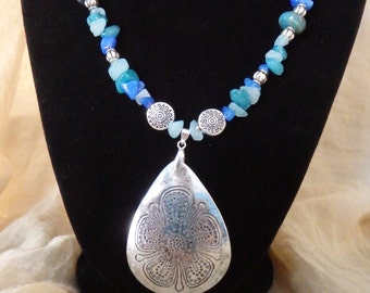 Silver and Blues Necklace with Pendant
