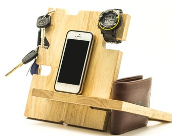 iPhone Docking Station,Gift For Him,Mens Gift, Birthday Gift For Him,desk accessories,docking station men,docking station wood,craft storage