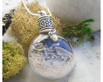Protection Spell Bottle Pendant // Spell Potion Necklace Witchy Jewelry Potion Bottle