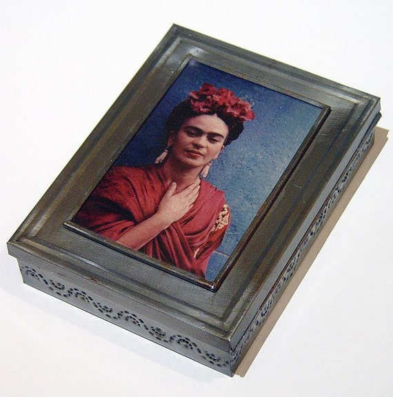 Mexican Folk Art Tin Frida Kahlo Jewelry Trinket Box Hinged Lid with Mirror
