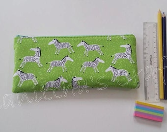 Las cebras lápiz caso, fuente de la escuela, regalo para niños, regalos para amigos, bolsa de la cremallera de las cebras, caja de lápiz, bolsa de la cremallera verde, caja de lápiz de animales