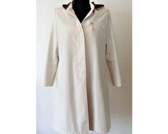 Louis Vuitton Trench Coat, Louis Vuitton Women's Hooded Trench Coat, Beige LV Trench Coat, Size L