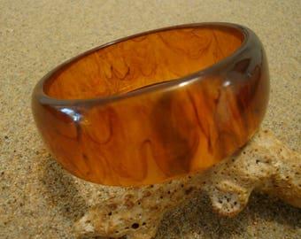 """1"""" Vintage Bakelite Bracelet; Lovely Translucent Amber w/ Rust Colored Ink Blots"""