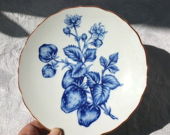 Fitz and Floyd Fraise Bleu porcelain plate, Vintage Strawberry plate, Fitz and Floyd plate, Blue Strawberry plate, Blue Cottage Chic plate