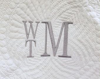 Quilt, Baby quilt, Monogrammed Baby quilt, Baby gift,  Baby shower gift, quilt monogrammed, quilt personalized, recieving blanket,.