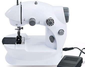 WBM Mini-Motorised Sewing Machine new in Box, Bargain would make an excellent Christmas giftx
