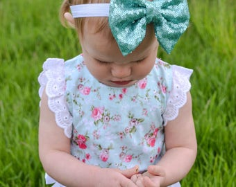Baby girl bows ,bows ,mint bows ,glitter