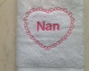 Nan Heart Embroidered White Facecloth