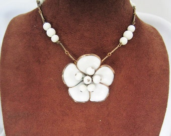 Vintage White Trifari Alfred Philippe flower glass Necklace,1950s