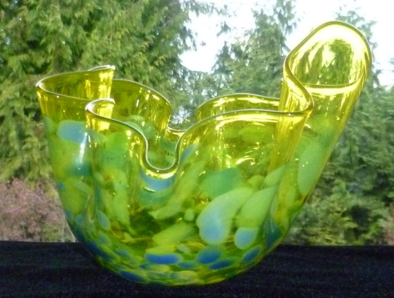 Hand Blown Decorative Bowl - Yellow with Blue Spots Fluted