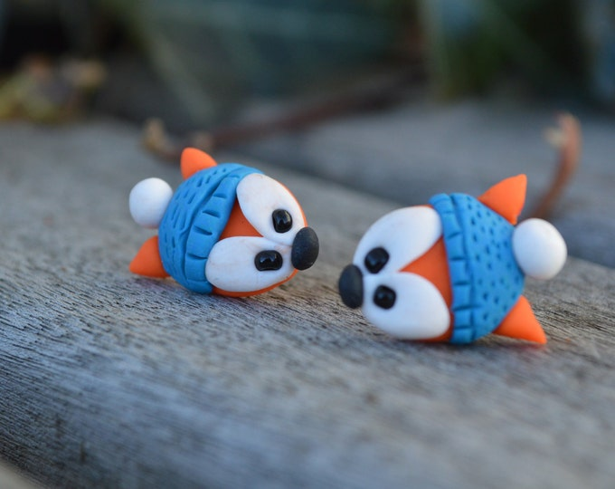 Original handmade fimo fox stud earrings, little fox earrings, foxy earrings, love foxes, winter earrings, cutest earrings, cute gift