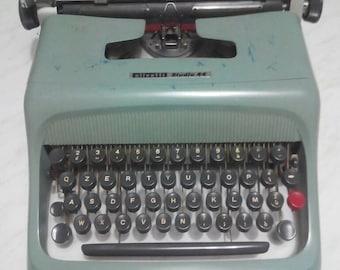 Olivetti typewriter vintage