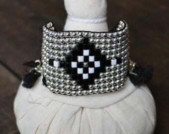 Hippie bracelet, Wide bracelet, Boho chic bracelet, Bohemian Bracelet, Loom beaded bracelet, Silver beads bracelet, Silver plated bracelet