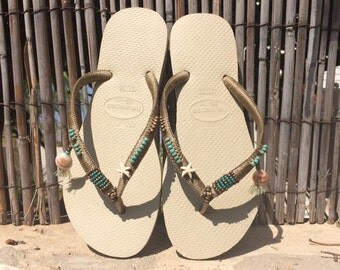 Havaianas Flip Flops, Sandals, Havaianas Gold, Women Shoes, Boho Style Flip Flops, Flat Shoes, Beach Sandals, Boho Sandals, Festival