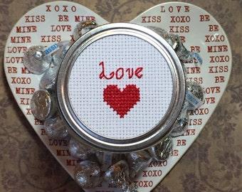 Love Mason Jar, Valentine's Gift, Mason Jar Decor, Gift for Valentine, Heart Decor, Cross Stitch Art, Mason Jar Lid