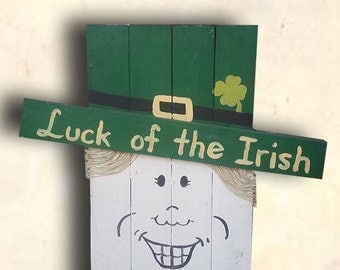 Happy St. Patrick's Day Sign - Leprechaun Sign - 4 Leaf Clover Sign - Luck of the Irish Sign - St. Patrick's Day Decor