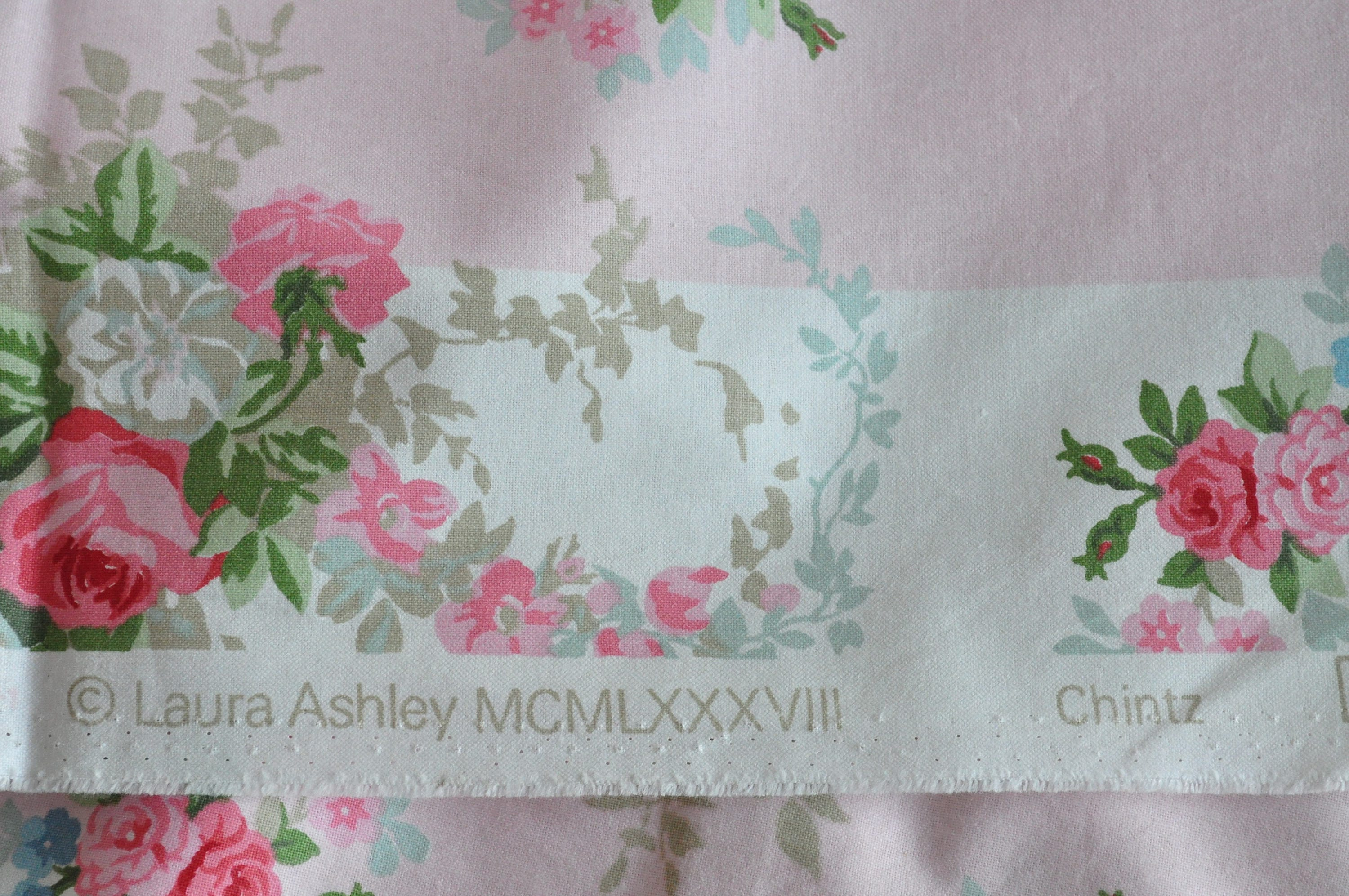 reserved reservedvintage laura ashley 39 chintz 39 fabric 1980s unused 2 metres reserved from. Black Bedroom Furniture Sets. Home Design Ideas