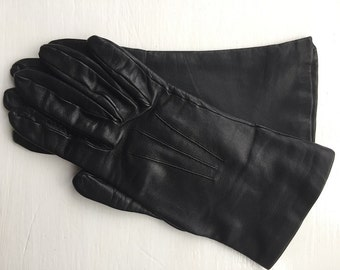 Vintage Black Soft Leather Gloves with Silk Lining - Size 7.5