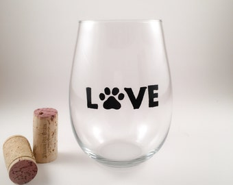Pet Love Wine Glass- Mother's Day