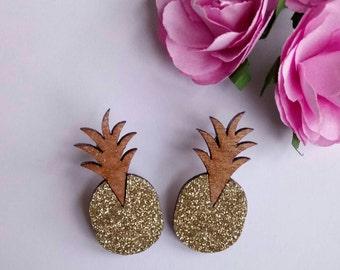Earrings wooden pineapple