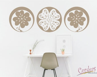 Lucky wall decal - Clover leaf and flower wall sticker for living room, bedroom, office, home - Wall art sticker decorations flowers