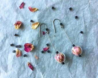 Romantic rose earrings fake true and black Hematite