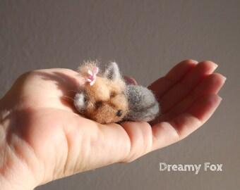 Needle felted Yorkshire terrier / Yorkie / Needle felted sleep Yorkshire terrier/ Needle felted sleep terrier