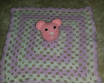 Lovely, soft teddy bear blanket.