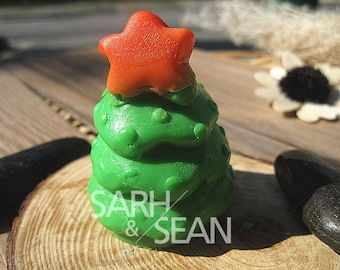 Star Topped Christmas Tree Silicone Mould for soaps, chocolates, candles