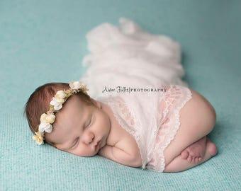 Pretty Mermaid Knit - Fuzzy Texture - Thick Fabric Backdrop - Posing Fabric - Newborn Photography - 2 Yard Beanbag Fabric Knit Blanket