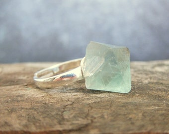 Fluorite Ring, Raw Stone Ring, Raw Crystal Ring, 925 Sterling Silver, Gypsy Ring, Healing Stone Ring, Boho Jewelry, Festival Ring, Boho Ring