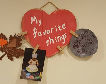Reclaimed wood rustic heart favorite things picture holder