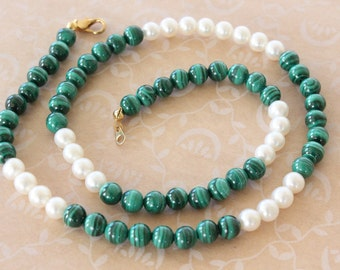 Vintage Malichite and Freshwater Pearl Bead Necklace