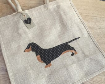 Luxury jute shopping bag featuring a Dachshund dog design, the perfect gift for Dachshund owners and dog lovers alike
