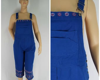 Vintage Womens Blue Cropped Leg Overalls with Embroidery Detailing | Size M/L (or oversized M)