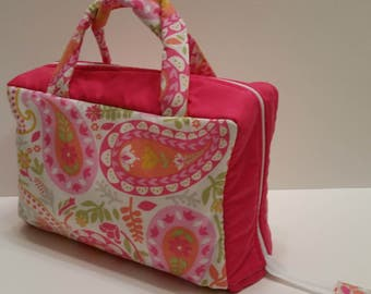 Pretty Pink Paisley Lunch Tote Opening Into a Tray.