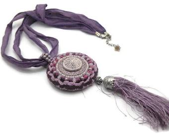 Hand embroidered pendant collar ceramic cabochon