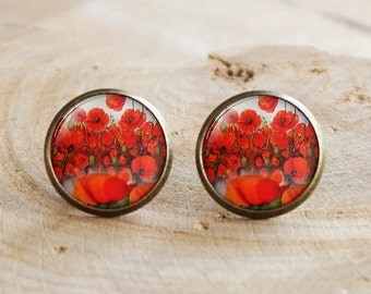 Poppy Stud earrings,Poppy posts, Glass earrings, Poppy studs ,vintage Poppy earrings, Flower Stud earrings ,Flower Earrings